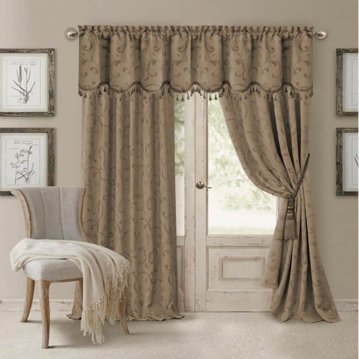 cleaning-curtains-home